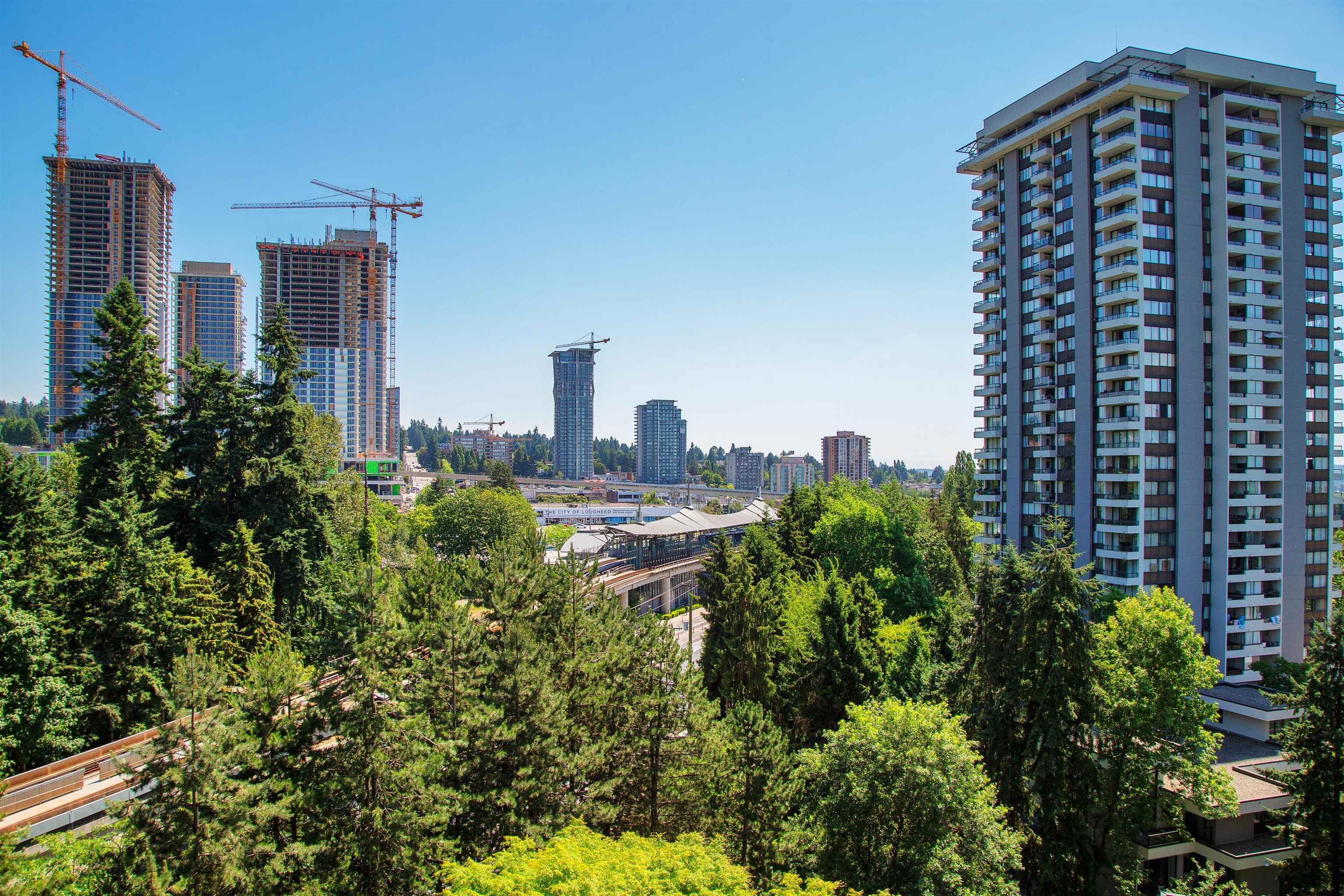 """Main Photo: 808 3970 CARRIGAN Court in Burnaby: Government Road Condo for sale in """"THE HARRINGTON"""" (Burnaby North)  : MLS®# R2616331"""