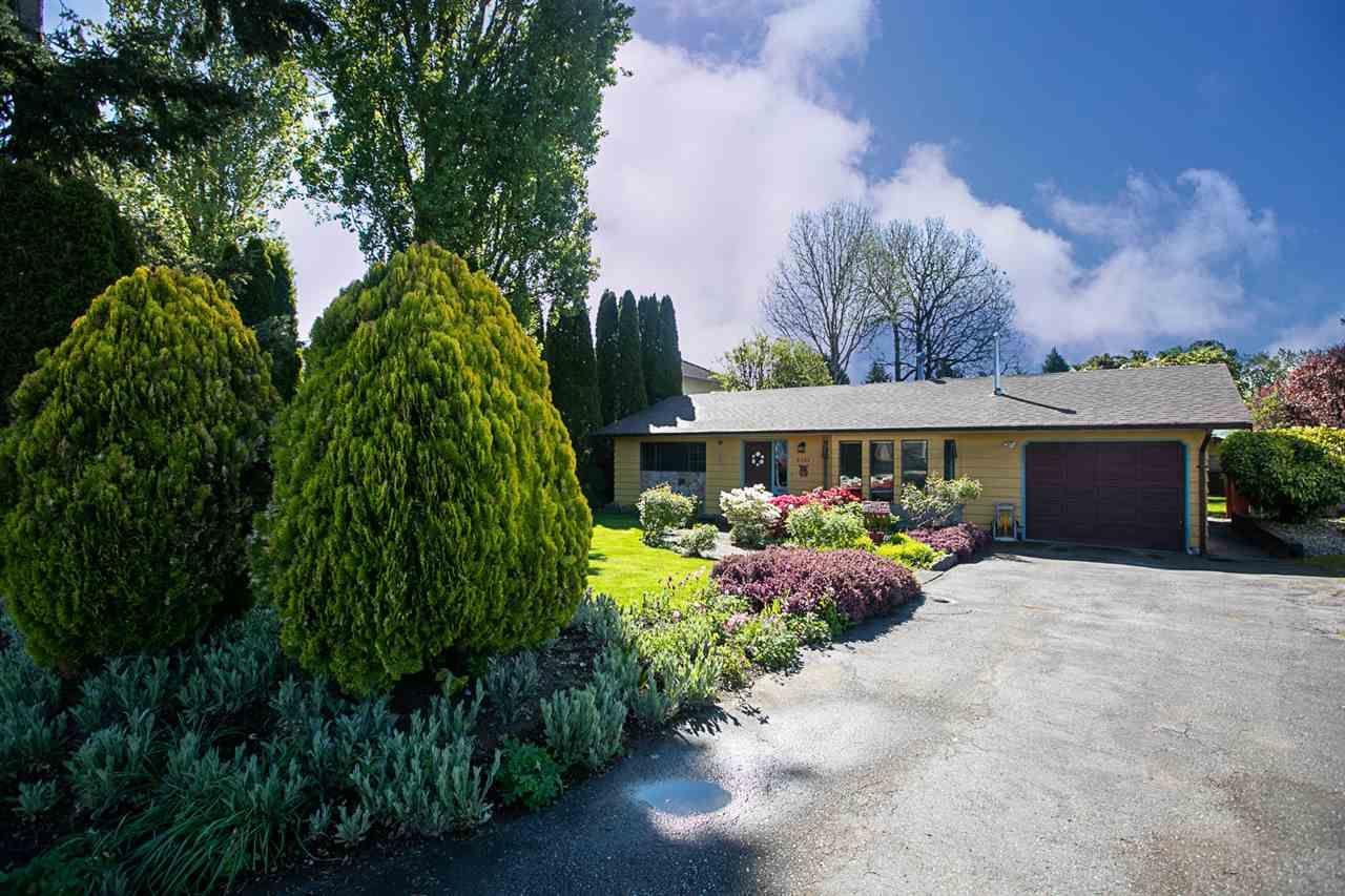 "Main Photo: 9391 CINNAMON Drive in Surrey: Cedar Hills House for sale in ""CEDAR HILLS"" (North Surrey)  : MLS®# R2454623"