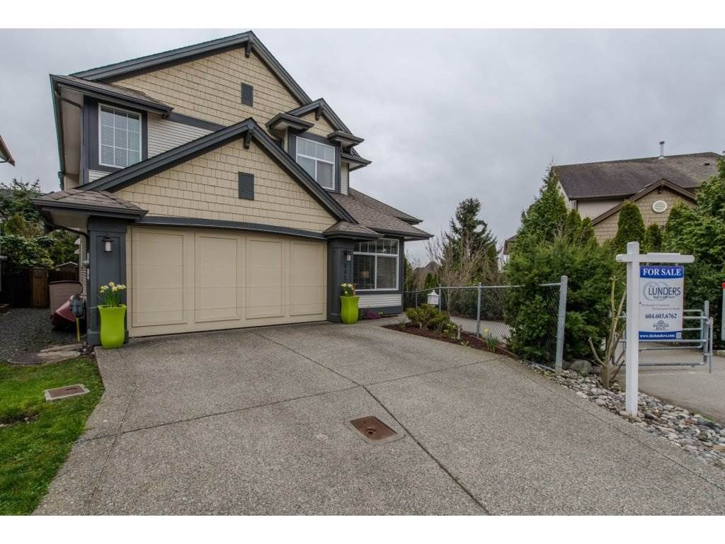 "Main Photo: 6926 198B Avenue in Langley: Willoughby Heights House for sale in ""PROVIDENCE"" : MLS®# R2151623"
