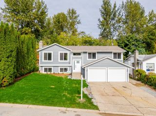 Photo 2: 33019 MALAHAT Place in Abbotsford: Central Abbotsford House for sale : MLS®# R2625309