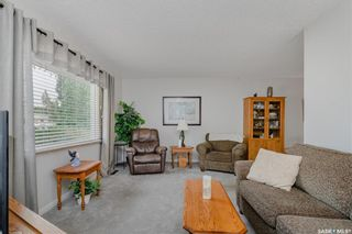 Photo 2: 321 Vancouver Avenue North in Saskatoon: Mount Royal SA Residential for sale : MLS®# SK867389