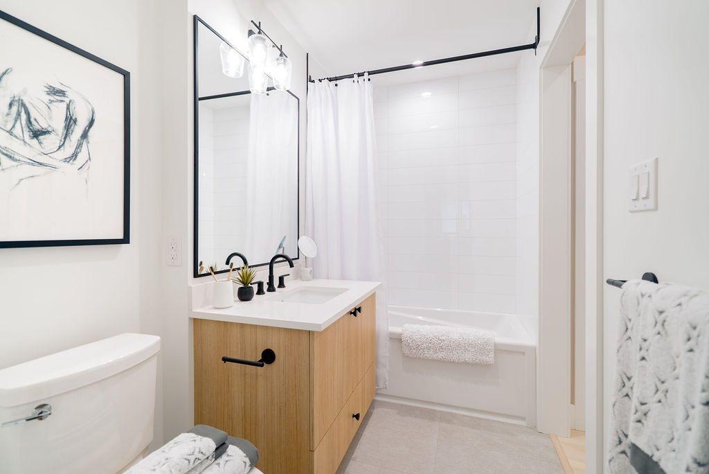 "Photo 11: Photos: 502 22226 BROWN Avenue in Maple Ridge: West Central Condo for sale in ""ERA"" : MLS®# R2460141"