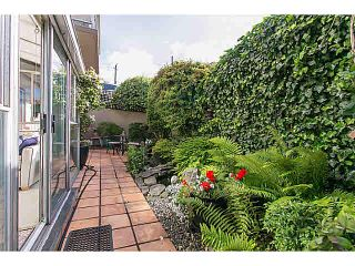 "Photo 6: M1 150 24TH Street in West Vancouver: Dundarave Condo for sale in ""SEASTRAND"" : MLS®# V1129051"