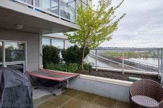 """Photo 13: 505 125 COLUMBIA Street in New Westminster: Downtown NW Condo for sale in """"NORTHBANK"""" : MLS®# R2158737"""