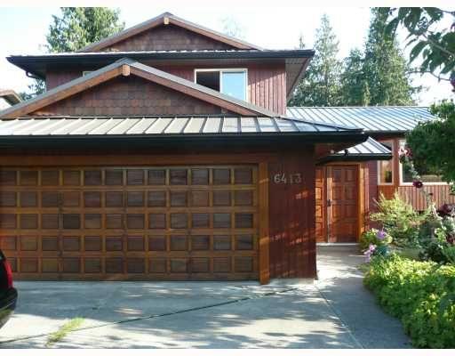 Main Photo: 6413 SAMRON Road in Sechelt: Sechelt District House for sale (Sunshine Coast)  : MLS®# V778983