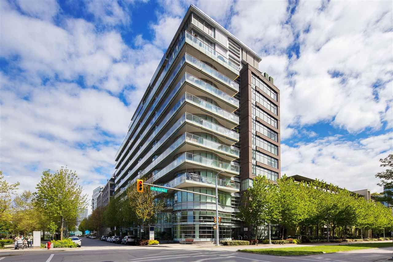 """Main Photo: 403 181 W 1ST Avenue in Vancouver: False Creek Condo for sale in """"BROOK AT THE VILLAGE AT FALSE CREEK"""" (Vancouver West)  : MLS®# R2576731"""