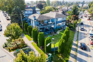 Main Photo: 2706 POINT GREY Road in Vancouver: Kitsilano House for sale (Vancouver West)  : MLS®# R2568546