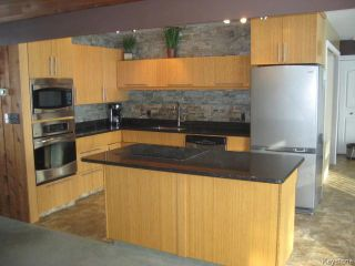 Photo 2: 80129 2E Road in Stonewall: Argyle / Balmoral / Grosse Isle / Gunton / Stony Mountain / Stonewall / Marquette / Warren / Woodlands Residential for sale (Winnipeg area)  : MLS®# 1605961
