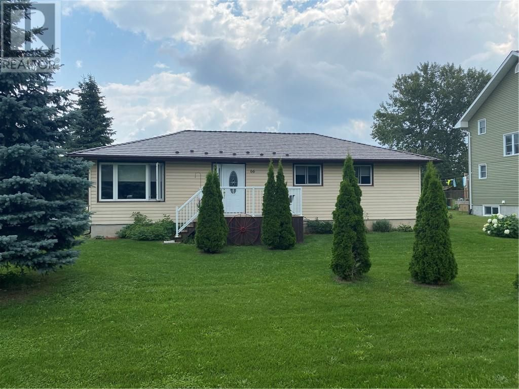 Main Photo: 66 Worthington Street in Little Current: House for sale : MLS®# 2097665