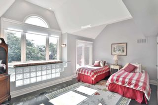 Photo 18: 2325 Marine Drive in Oakville: Bronte West House (3-Storey) for sale : MLS®# W4877027