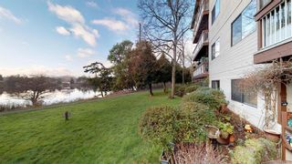 Photo 1: 101 79 W Gorge Rd in : SW Gorge Condo for sale (Saanich West)  : MLS®# 814822