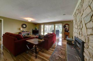 Photo 18: 6674 SUNSHINE COAST HIGHWAY in Sechelt: Sechelt District House for sale (Sunshine Coast)  : MLS®# R2153665