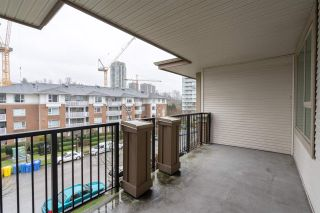 Photo 16: 414 4728 DAWSON Street in Burnaby: Brentwood Park Condo for sale (Burnaby North)  : MLS®# R2427744