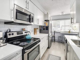 Photo 7: 21 4949 57 STREET in Delta: Hawthorne Townhouse for sale (Ladner)  : MLS®# R2505402