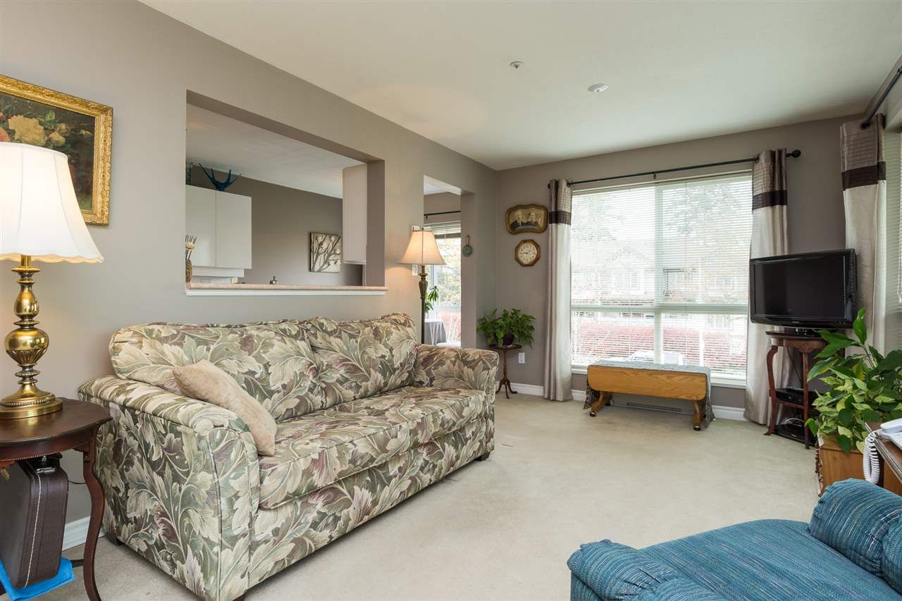 """Photo 5: Photos: 201 15130 29A Avenue in Surrey: King George Corridor Condo for sale in """"The Sands"""" (South Surrey White Rock)  : MLS®# R2161626"""