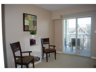 """Photo 8: 313 7089 MONT ROYAL Square in Vancouver: Champlain Heights Condo for sale in """"CHAMPLAIN VILLAGE"""" (Vancouver East)  : MLS®# V838473"""