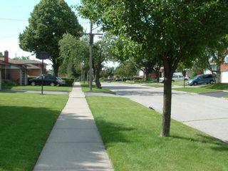 Photo 11: 35 Doerr Road in Toronto: House (Bungalow) for sale (E09: TORONTO)  : MLS®# E1897274
