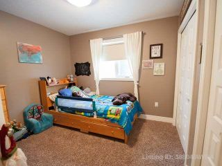 Photo 10: 5 Bedroom Bungalow on the Pond in Hillendale, Edson, AB