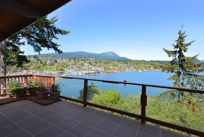 Photo 9: Photos: 392 SKYLINE Drive in Gibsons: Gibsons & Area House for sale (Sunshine Coast)  : MLS®# R2238412