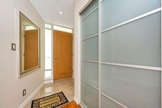Photo 17: 401 68 Songhees Rd in : VW Songhees Condo for sale (Victoria West)  : MLS®# 875330