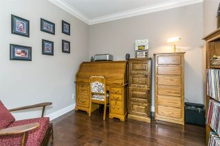 """Photo 10: 107 16447 64 Avenue in Surrey: Cloverdale BC Condo for sale in """"St. Andrews"""" (Cloverdale)  : MLS®# R2302117"""