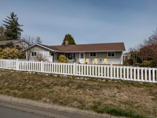 Photo 3: 332 Parkway Rd in CAMPBELL RIVER: CR Willow Point House for sale (Campbell River)  : MLS®# 837514