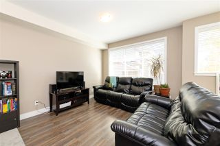 """Photo 2: 15 20967 76 Avenue in Langley: Willoughby Heights Townhouse for sale in """"Nature's Walk"""" : MLS®# R2514471"""