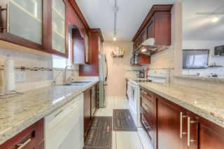 """Photo 5: 212 3978 ALBERT Street in Burnaby: Vancouver Heights Townhouse for sale in """"HERITAGE GREEN"""" (Burnaby North)  : MLS®# R2237019"""