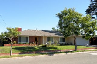 Photo 1: UNIVERSITY CITY House for sale : 3 bedrooms : 5783 Honors Drive in San Diego