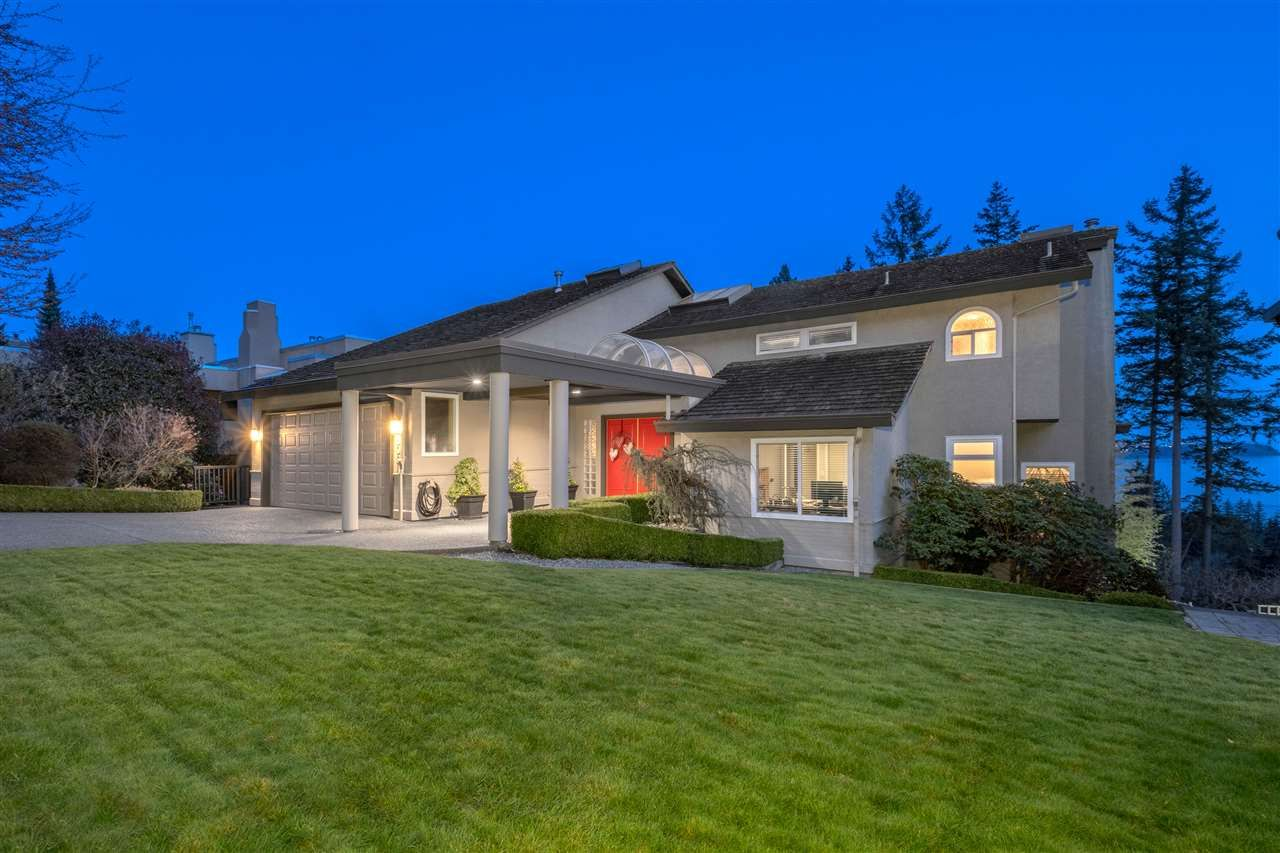 Main Photo: 5064 PINETREE Crescent in West Vancouver: Upper Caulfeild House for sale : MLS®# R2580718