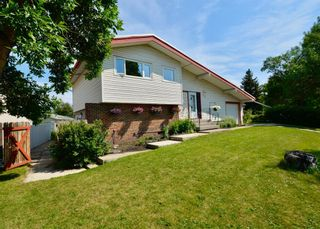 Main Photo: 3904 45 Street SW in Calgary: Glamorgan Detached for sale : MLS®# A1128857