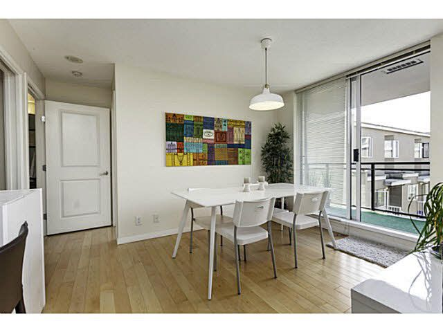 """Photo 6: Photos: 404 1650 W 7TH Avenue in Vancouver: Fairview VW Condo for sale in """"VIRTU"""" (Vancouver West)  : MLS®# V1079673"""