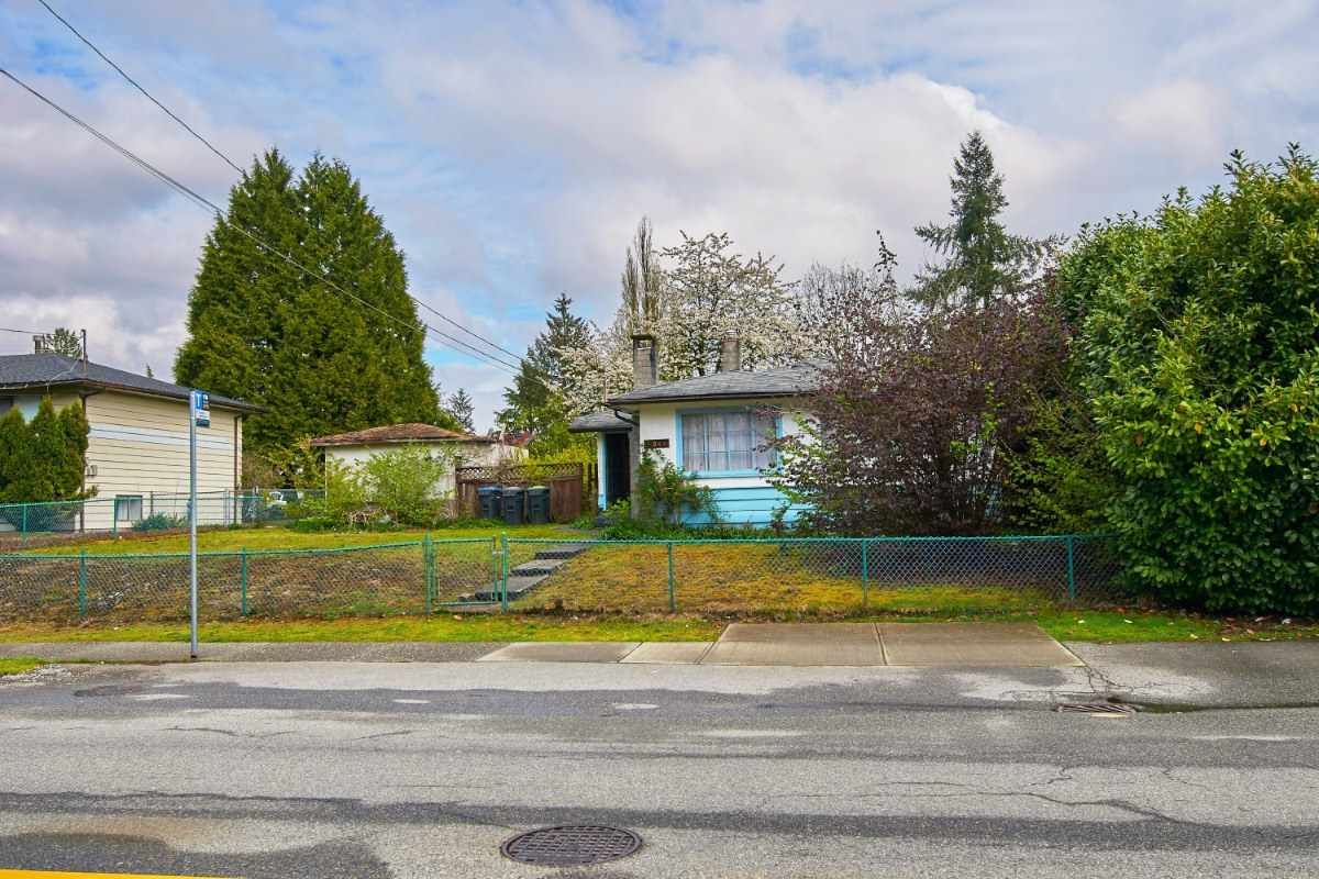 Main Photo: 3244 OXFORD Street in Port Coquitlam: Glenwood PQ House for sale : MLS®# R2399114