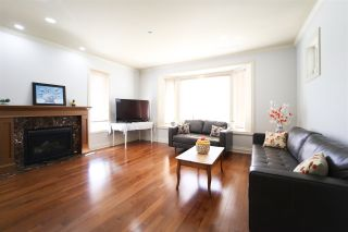 Photo 6: 156 E 19TH Avenue in Vancouver: Main House for sale (Vancouver East)  : MLS®# R2369823