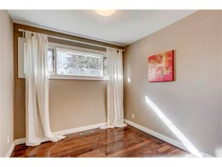 Photo 17: 5612 LADBROOKE Drive SW in Calgary: Lakeview House for sale : MLS®# C4036600