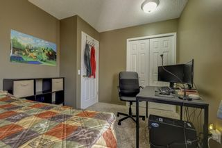 Photo 22: 208 Mt Selkirk Close SE in Calgary: McKenzie Lake Detached for sale : MLS®# A1104608