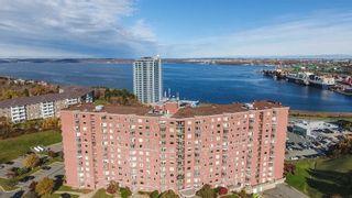 Photo 1: 515 45 Vimy Avenue in Halifax: 5-Fairmount, Clayton Park, Rockingham Residential for sale (Halifax-Dartmouth)  : MLS®# 202108505