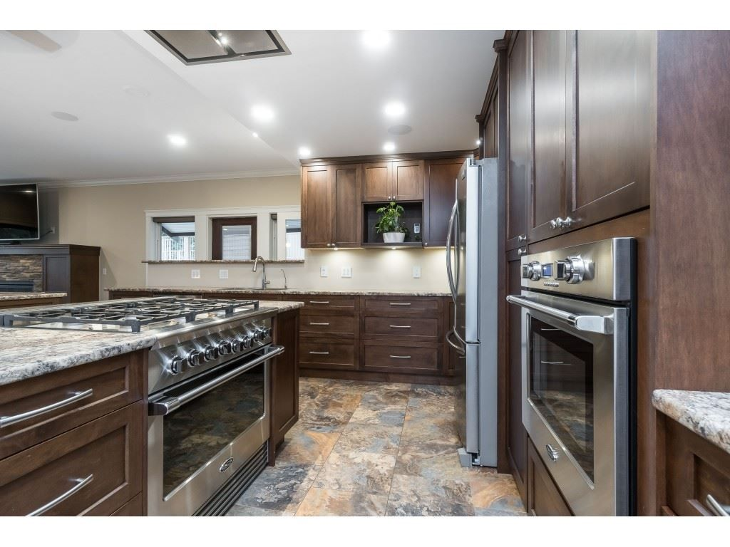 Photo 6: Photos: 11560 81A Avenue in Delta: Scottsdale House for sale (N. Delta)  : MLS®# R2520642