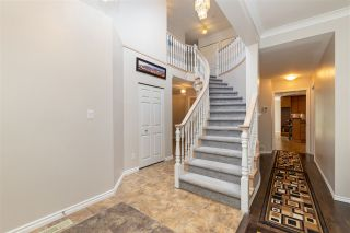Photo 5: 6638 122A STREET in Surrey: West Newton House for sale : MLS®# R2555017