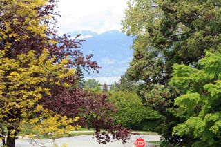 Photo 3: 2517 WALLACE Crescent in Vancouver: Point Grey House for sale (Vancouver West)  : MLS®# R2167942