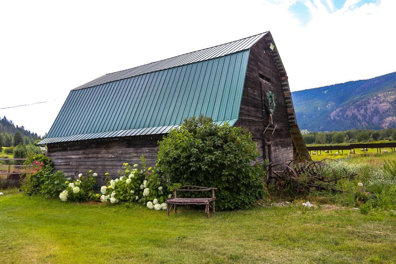 Photo 16: Photos: 8245 Edwards Road in Heffley Creek: HE House for sale (KA)  : MLS®# 157157