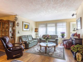Photo 6: 406 2311 Mills Rd in : Si Sidney North-East Condo for sale (Sidney)  : MLS®# 874726