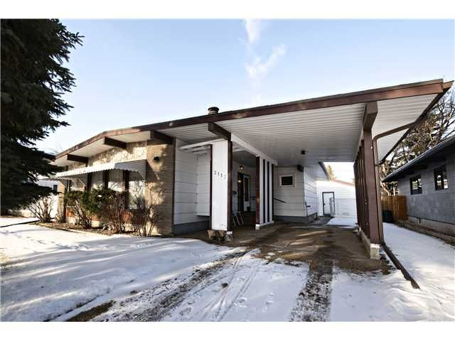 Main Photo: 3112 LANCASTER Way SW in Calgary: Lakeview House for sale : MLS®# C3654230