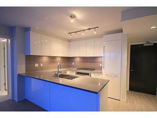"""Photo 5: 2207 6658 DOW Avenue in Burnaby: Metrotown Condo for sale in """"MODA"""" (Burnaby South)  : MLS®# V1101566"""