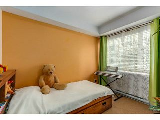 """Photo 11: 108 2373 ATKINS Avenue in Port Coquitlam: Central Pt Coquitlam Condo for sale in """"CARMANDY"""" : MLS®# V1136914"""