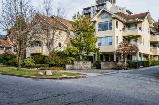 """Photo 3: 202 5626 LARCH Street in Vancouver: Kerrisdale Condo for sale in """"WILSON HOUSE"""" (Vancouver West)  : MLS®# R2533600"""