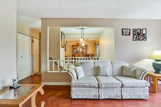 """Photo 3: 3218 SALT SPRING Avenue in Coquitlam: New Horizons House for sale in """"NEW HORIZONS"""" : MLS®# R2235514"""