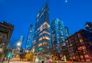 "Photo 1: 1501 1277 MELVILLE Street in Vancouver: Coal Harbour Condo for sale in ""FLATIRON"" (Vancouver West)  : MLS®# R2572328"