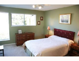 Photo 8: 3026 MAPLEBROOK Place in Coquitlam: Meadow Brook 1/2 Duplex for sale : MLS®# V716673