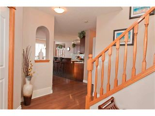 Photo 2: 48 COUGARSTONE Court SW in Calgary: Cougar Ridge House for sale : MLS®# C4045394